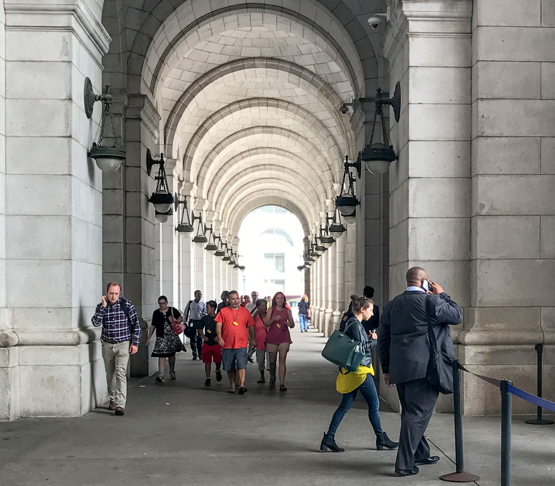 Walking, Union Station